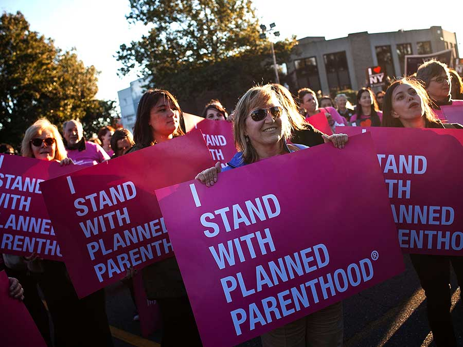 planned-parenthood-Pink-Out-Day