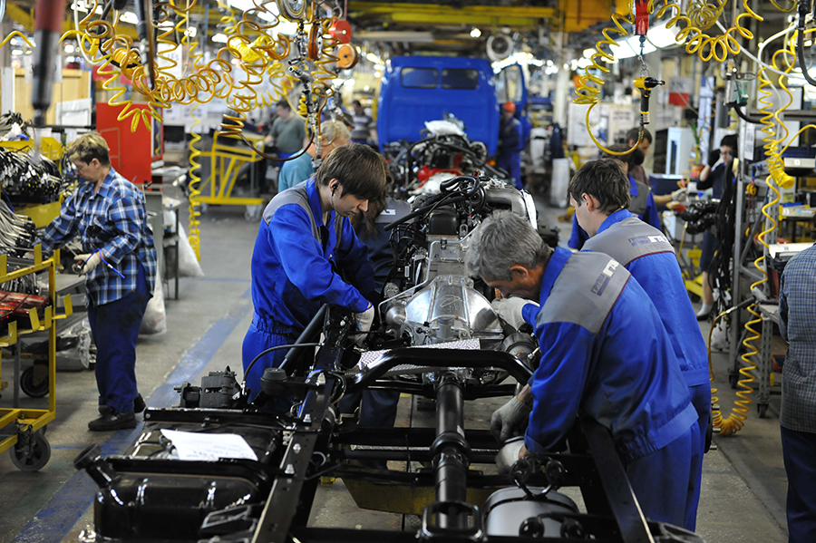 Manufacturing-sector-at-its-lowest-pace-since-two-years