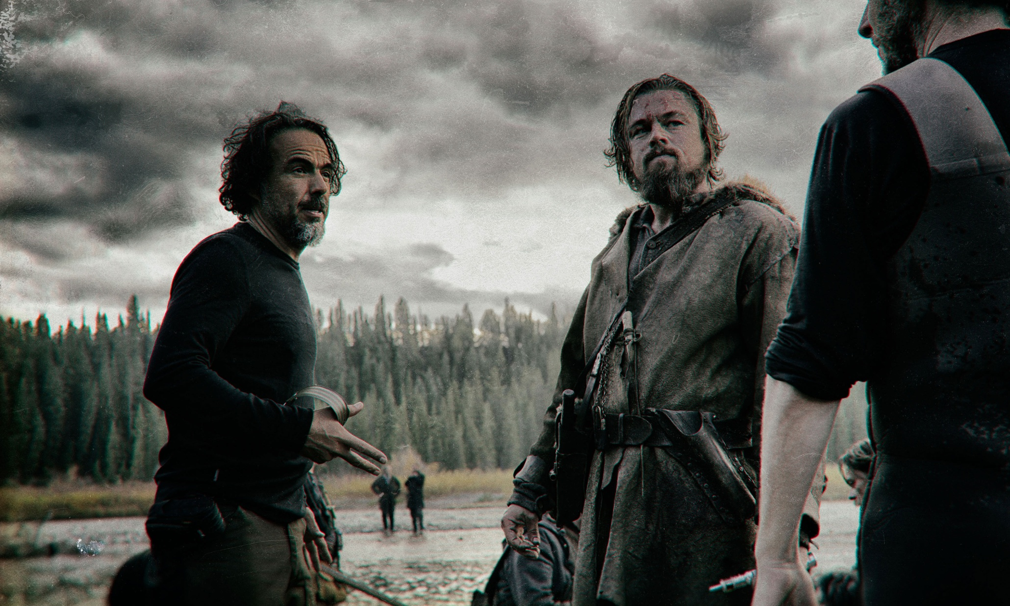 DiCaprio, filming The Revenant with Alejandro González Iñárritu in Calgary, Canada. Photo: The Guardian.