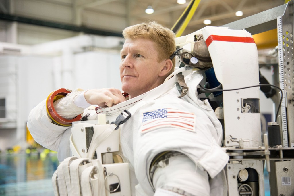Tim Peake training his spacewalk. Photo: ESA/Robert Markowitz