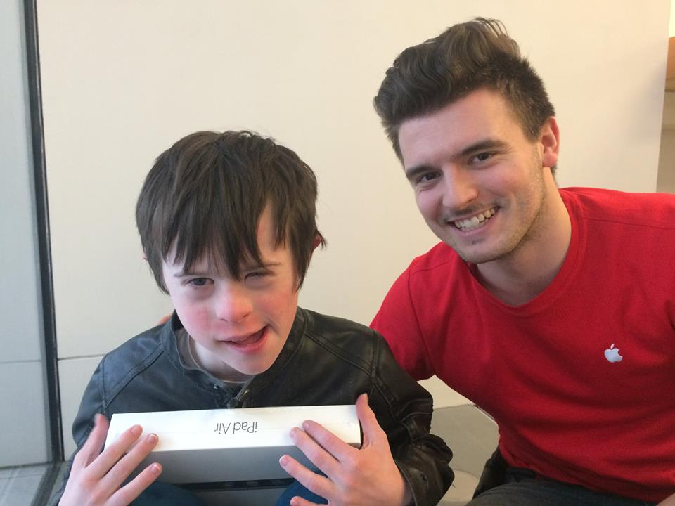 James (left) with Andrew, the Apple Store employee that helped him with his first iPad. Photo: Lynn Marie's Facebook (James mother)