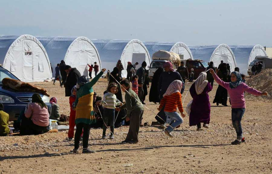 syrians-flee-aleppo