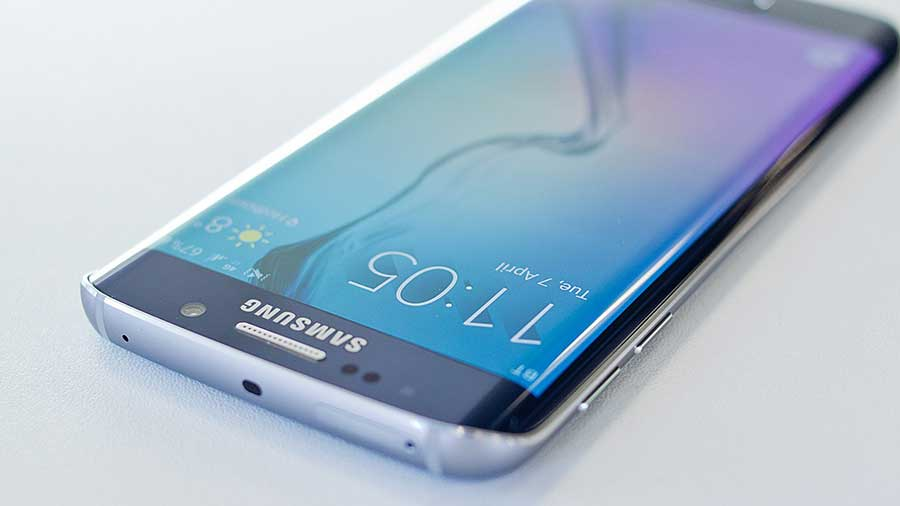 Galaxy_S6_Edge-leaked-pics