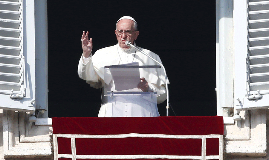 Pope Francis asked Catholic leaders around the world on Sunday after his weekly Angelus prayer to work to stop executions during this year. Photo credit: La Patilla