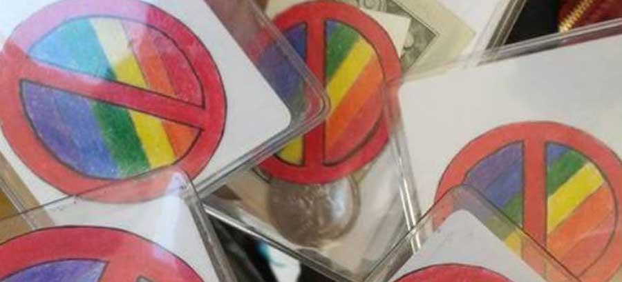 anti_gay_badges-school