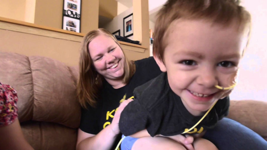Little girl with brain cancer gets support and strength through postcards sent from all over the world. Photo credit: Tacoma News Tribune