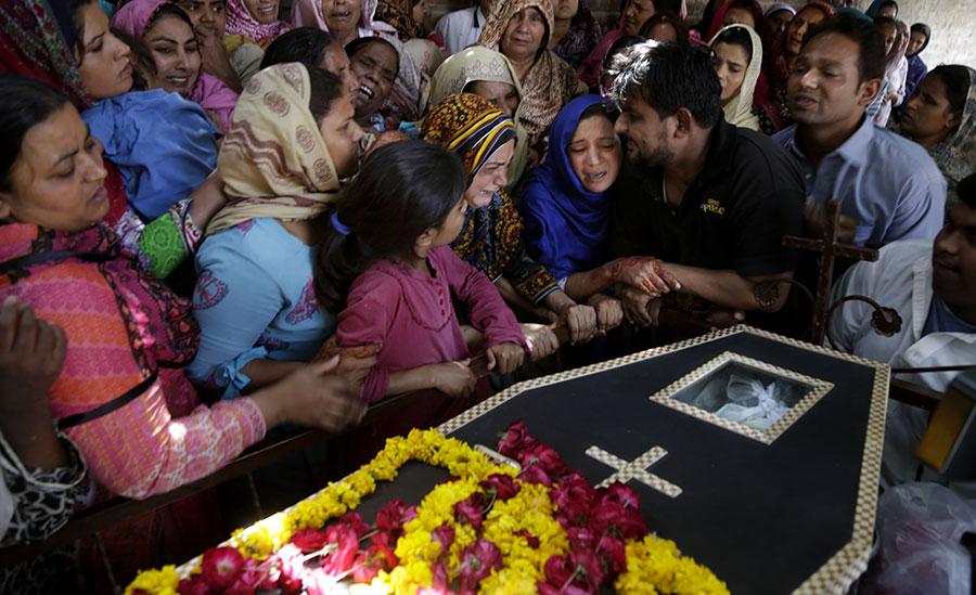 Pakistan-Bombing
