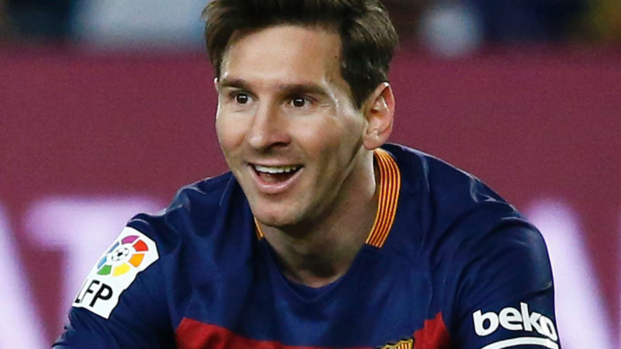essay about lionel messi A comparison of cristiano ronaldo and lionel messi formatted essay now document details: words: 751 similar essays: cristiano ronaldo, lionel messi, soccer.