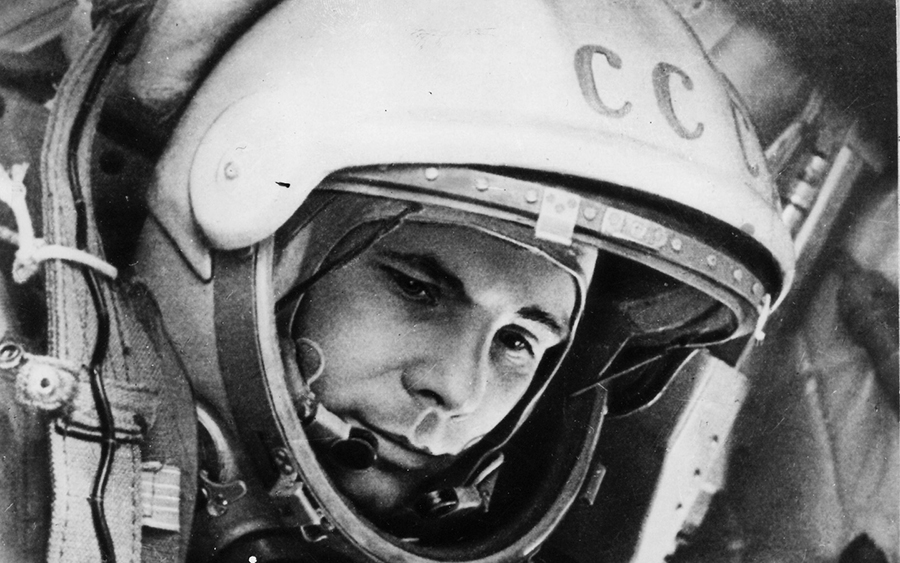 yuri-gagarin-space