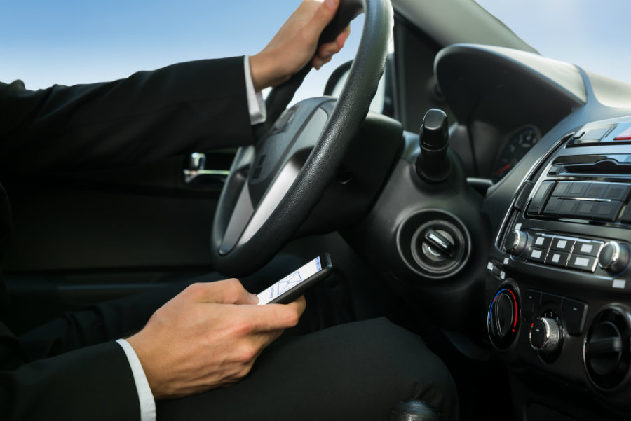 New York has become the first U.S. state to introduce a policy solution that allows police to determine if drivers had been sending text messages when they caused a transit accident. Photo credit: Techtel.com