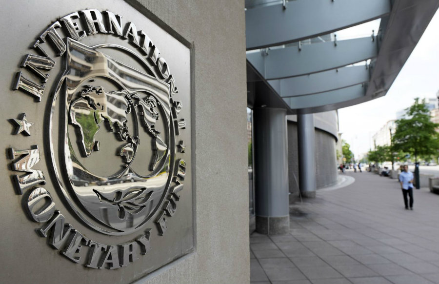 The International Monetary Fund (IMF) announced on Tuesday its new outlook on world's economy reducing the figure to a 3.2 percent. Photo credit: Sweet Crude