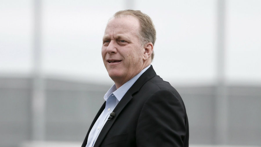 On recent days, the very well-known journalist Curt Schilling has been the subject of rejection by his own community and ESPN. Photo credit: Skymag