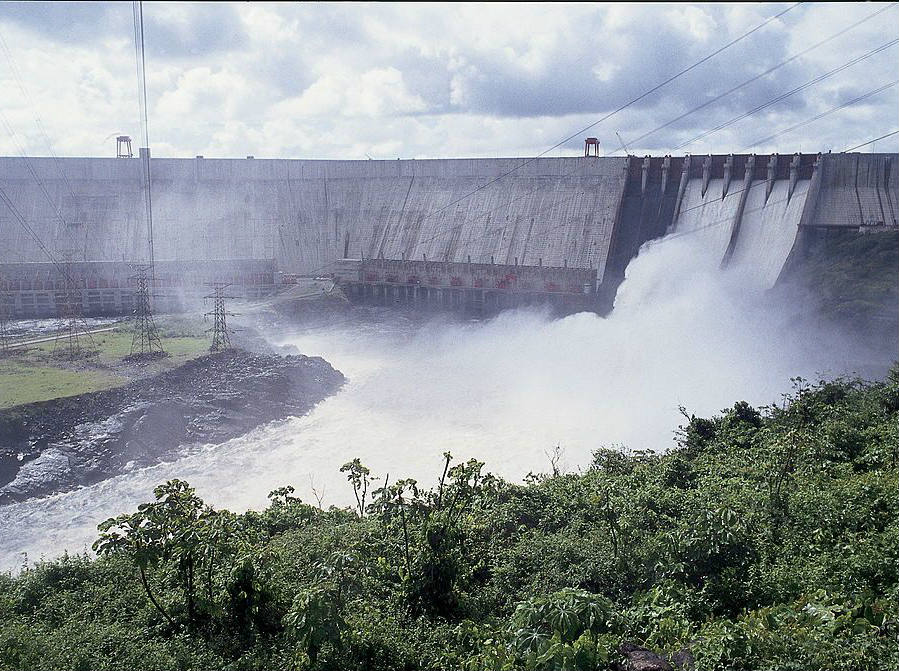 El Guri Dam in the state of Bolivar, Venezuela represents one of the biggest sources of electricity for the entire country, yet it has seen an all-times low in its volume in 2016. Credit: Getty Images