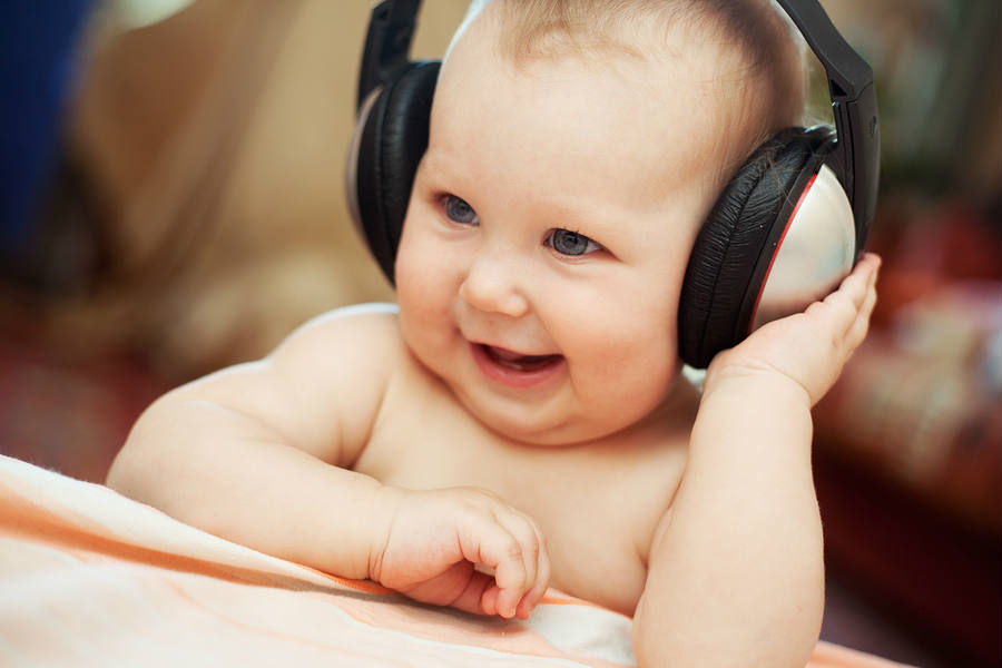 Music has been proven to be a beneficial factor in the early stages of people's growth as the babies in the study's music group shown a sharper attention in comparison to the others. Credit: Baby Cennter