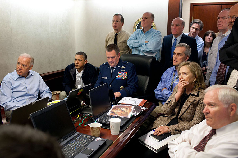 Obama,-Biden-and-members-of-the-national-security-team-during-bin-Laden's-raid