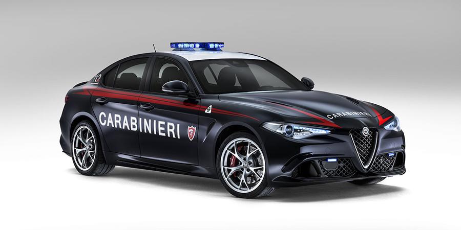 Giulia-Quadrifoglio-carabinieri