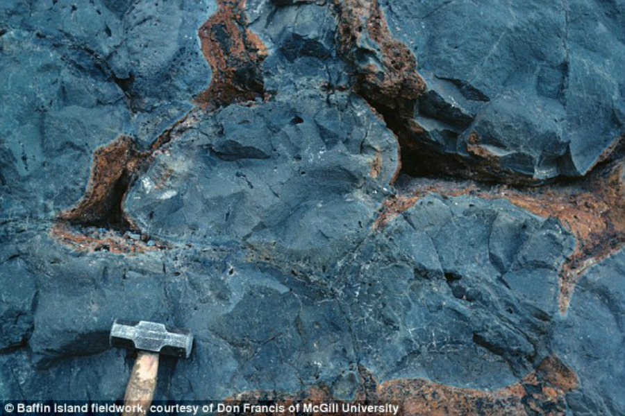 Researchers from US and Canada have found silicate material formed during the primitive era within two volcanic rocks. Photo credit: Daily Mail