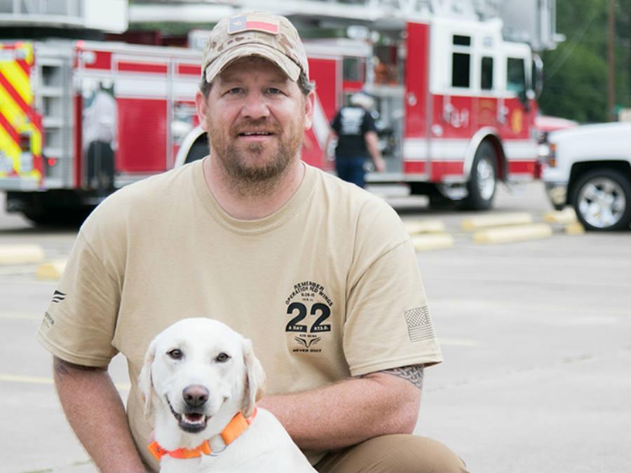Ken Meyer plans to walk 22 miles a day, alongside his dog Hope