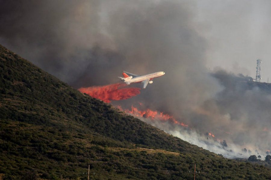 Authorities and civilian organizations organized the evacuation of almost 300 people from Yarnell, a town in north-central Arizona. Photo credit: Les Stukenberg / The Daily Courier / AP / Christian Science Monitor