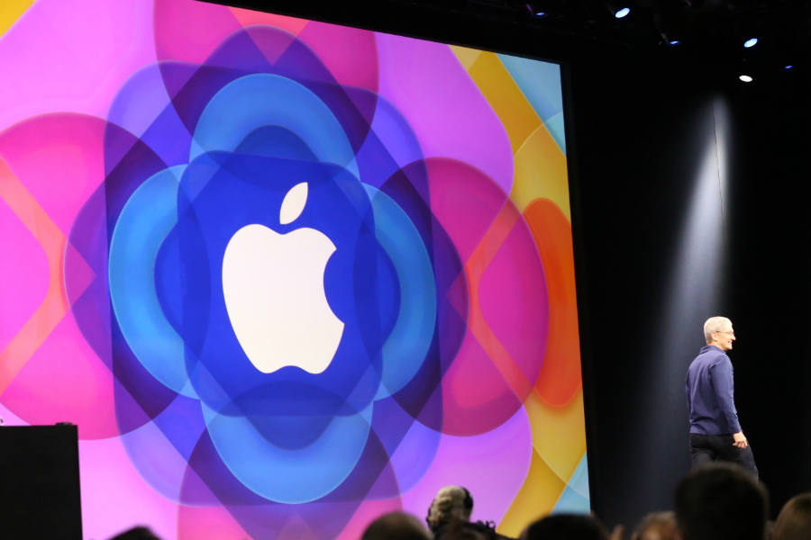 Unveiled a last year's WWDC, the interface is confusing and far from being a user-friendly, popular platform.