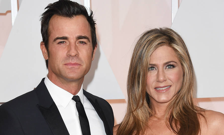 Celebrity and famed actress Jennifer Aniston denies the rumors claiming she is expecting a son from her current couple Justin Theroux. Image Credit: Inquisitr