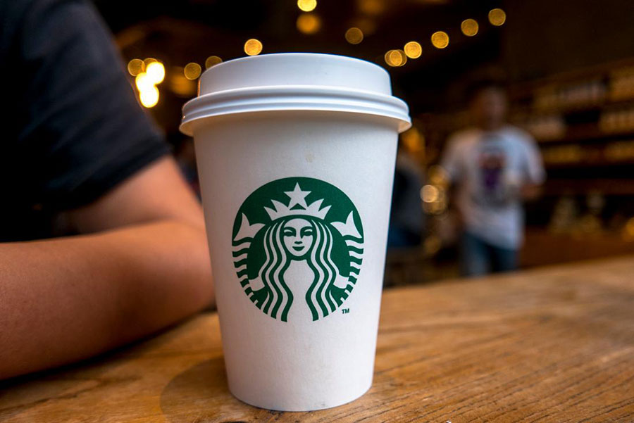 Outlook will schedule meetings at Starbucks