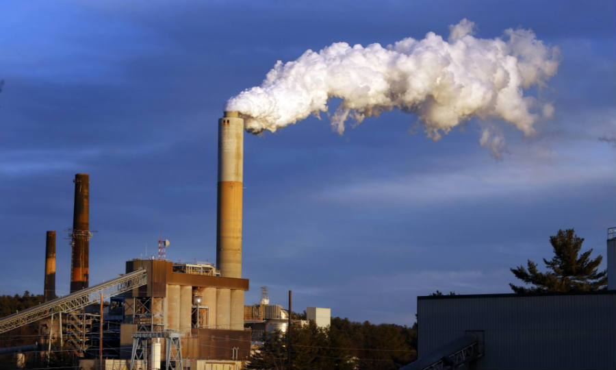 According to Mr. Tans, record-breaking amounts of carbon dioxide cannot be avoided, even in places far from civilization. Image Credit: The Guardian