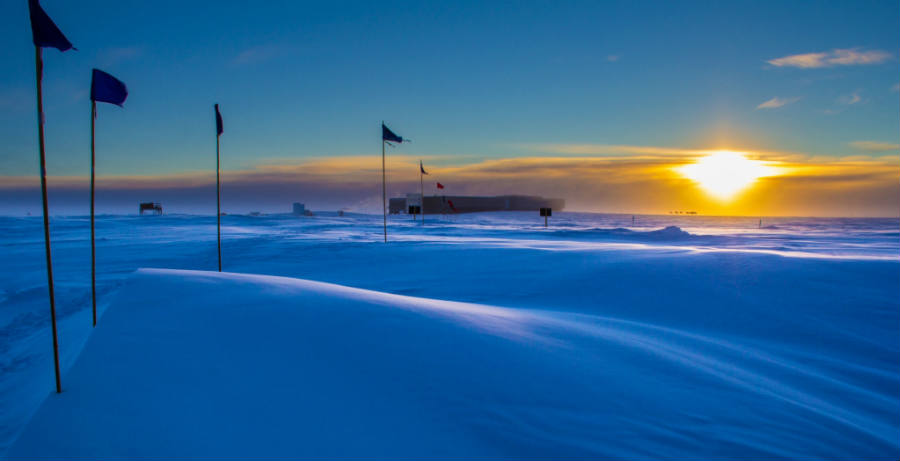 The South Pole had not been exposed to similar CO2 levels since four million years ago, said researchers at NOAA. There are not native plants in the ice-covered region, which is currently affected by greenhouse gas emissions increases. Image Credit: News Clip