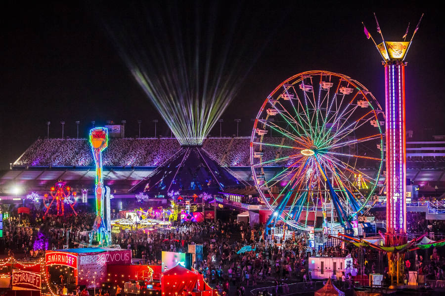 This year's Electric Daisy Carnival is sure to exceed everyone's expectations with over 250 musicians and plenty of new attractions. Image Credit: Fest300