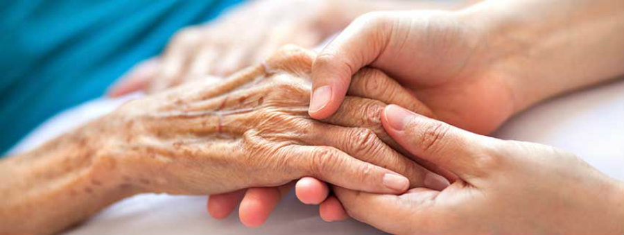 A recent investigation has proven that palliative care is often offered to patients suffering from cancer or dementia, but other patients with life-threatening diseases can not often benefit from this type of attention. Photo credit: Fraser Health