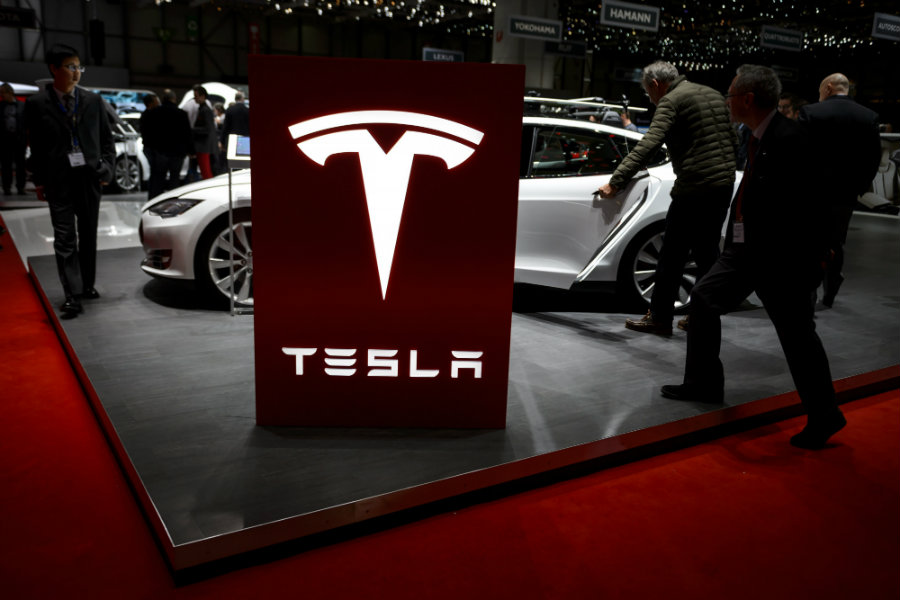 On July 8, 2016, a spokesman for the German Transport Ministry denied that the federal entity had an ongoing investigation against Tesla Motors. Photo credit:  Fabrice Coffrini / AFP /Getty Images