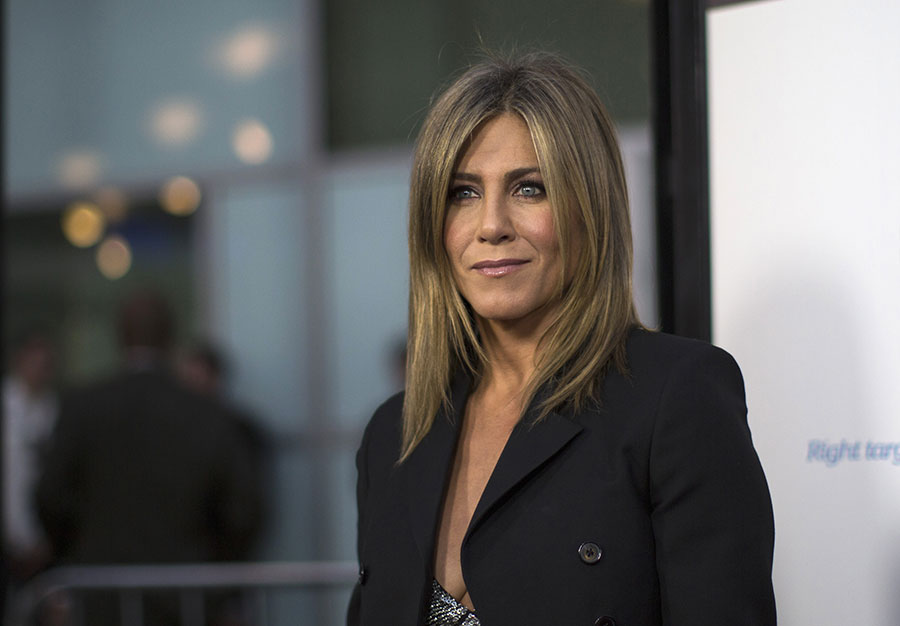 jennifer-aniston-tabloids
