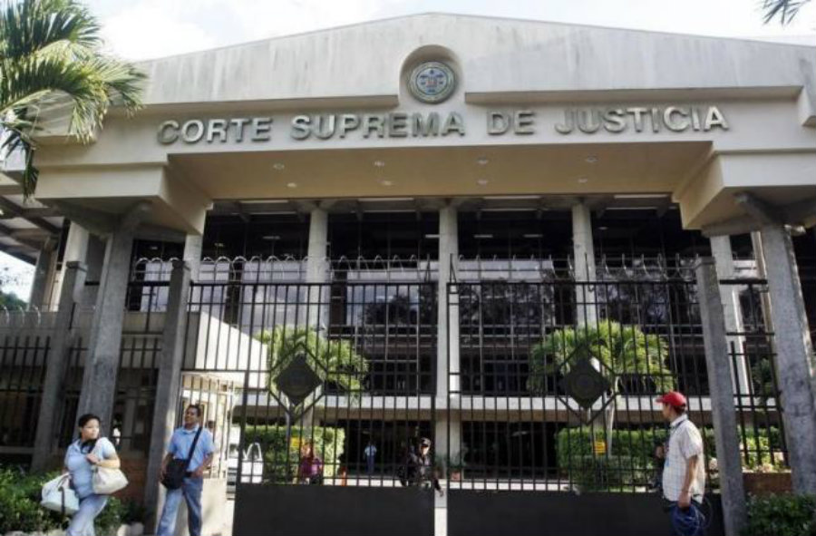 El Salvador's amnesty law could and will provoke plenty of people to be deported back to the country on the count of war crimes or unresolved investigations. Image Credit: Reuters