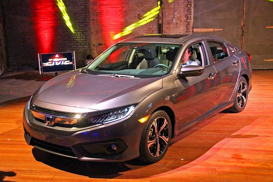Honda-Civic-2016