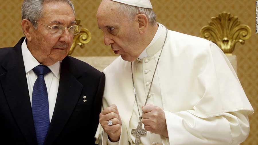 Pope-Castro-Cuba