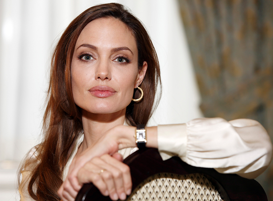 Angelina-Jolie-on-Breast-Cancer