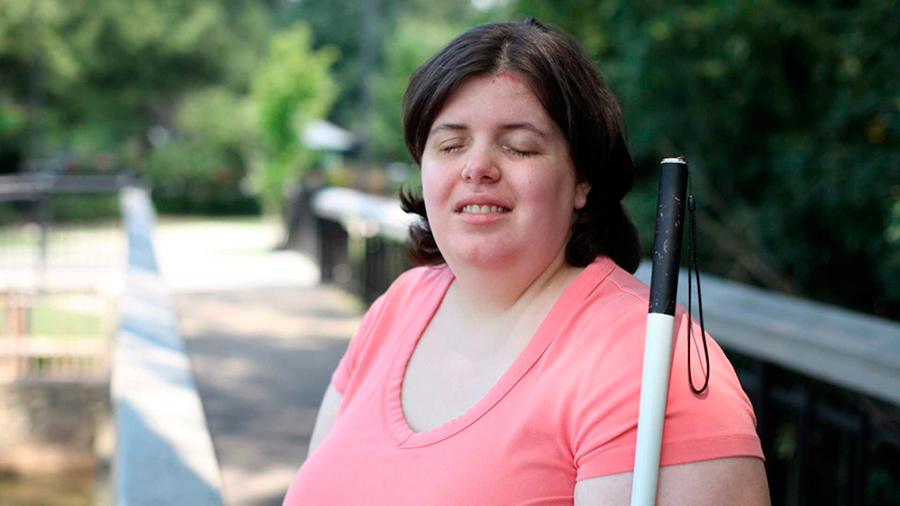 Woman-who-wanted-to-be-blind