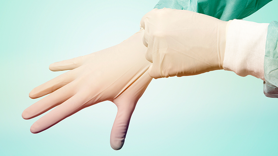 Gowns-and-gloves-may-contaminate