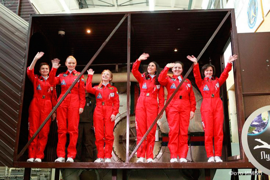Russia-all-women-space-crew