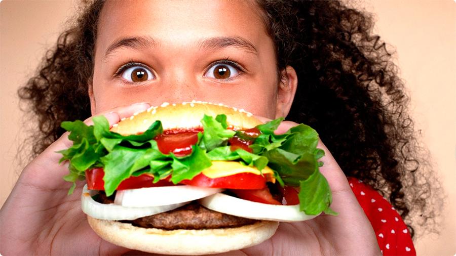 Fast-Food-ads-target-kids