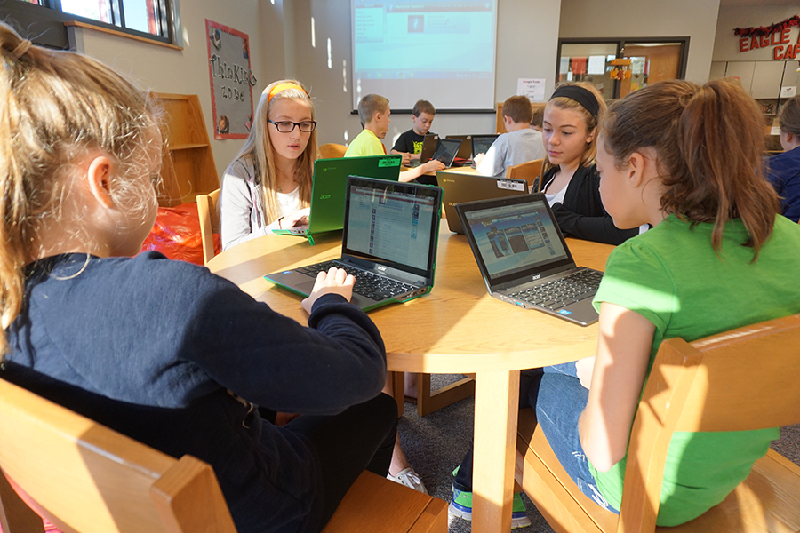 Students-with-Chromebooks