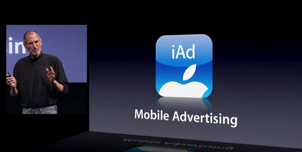 Steve Jobs talking about the Apple Advertising feature. Photo: DeusGeek