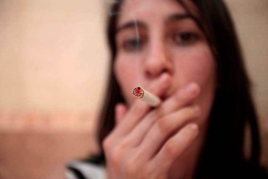 This is one of the many studies that prove that smoking affects more than just the lungs and the respiratory system. Photo: MedicalXpress