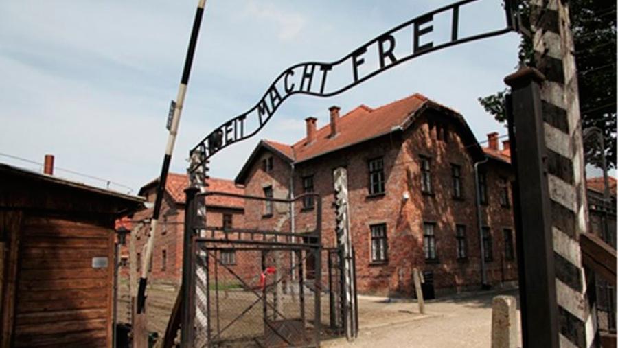 Holocaust-