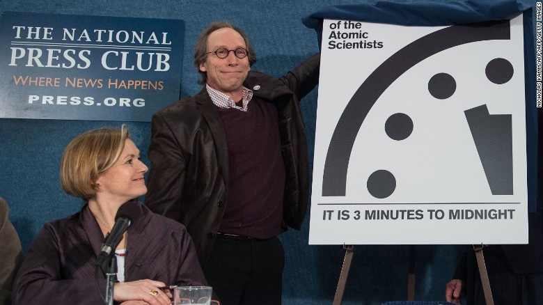 "Lawrence Krauss unveils the ""Doomsday Clock"" Tuesday, showing that the world is now three minutes away from catastrophe. Credit: CNN"