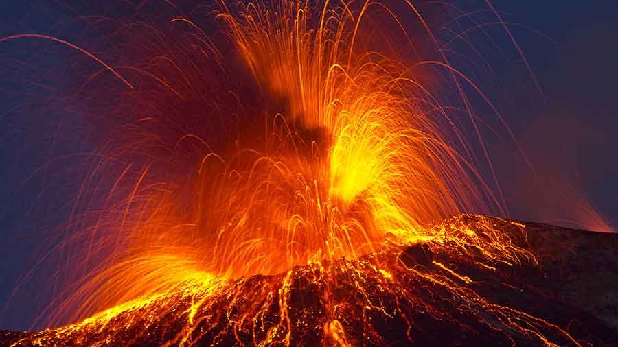 A new study conducted by a group of scientists is providing insight into what may happen when a supervolcano explodes. Photo credit: Vulkanette/Shutterstock