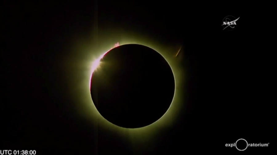The total solar eclipse of 2016 took over the skies in Indonesia and the Pacific Ocean region on Tuesday evening. Photo credit: Make Me Feed