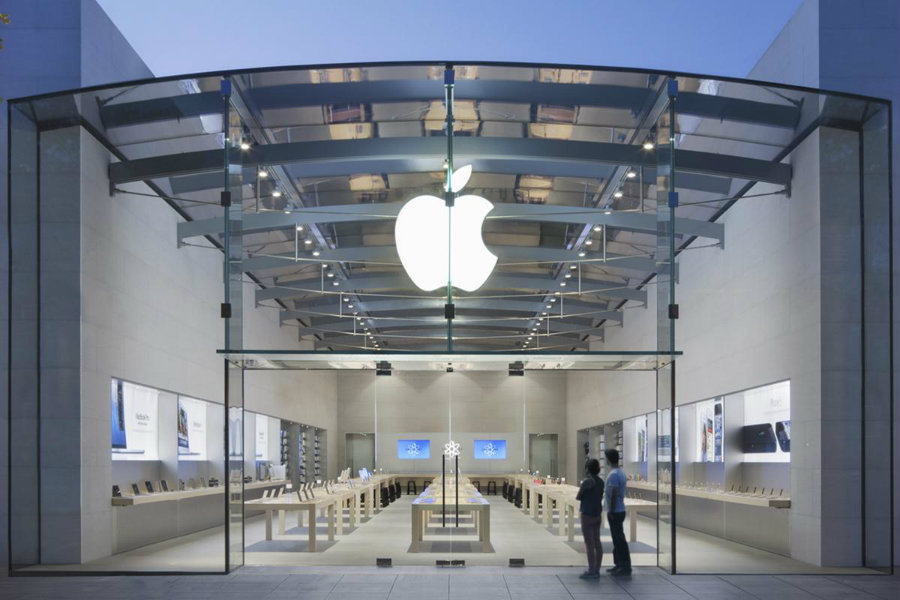 The tech giant company Apple will be unveiling an unusual amount of iPhone's variety of models starting on Monday. Photo credit:  Digital Trends
