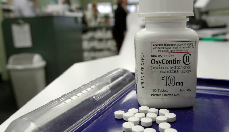 "The FDA announced on Tuesday that Americans will begin to see ""black box warnings"" about the risk of abuse on fast-acting opioid painkillers. Photo credit: Social Media News"