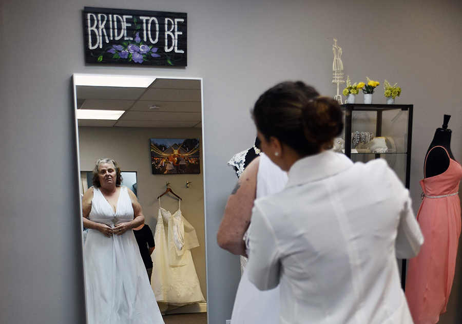 homeless-wedding-tampa